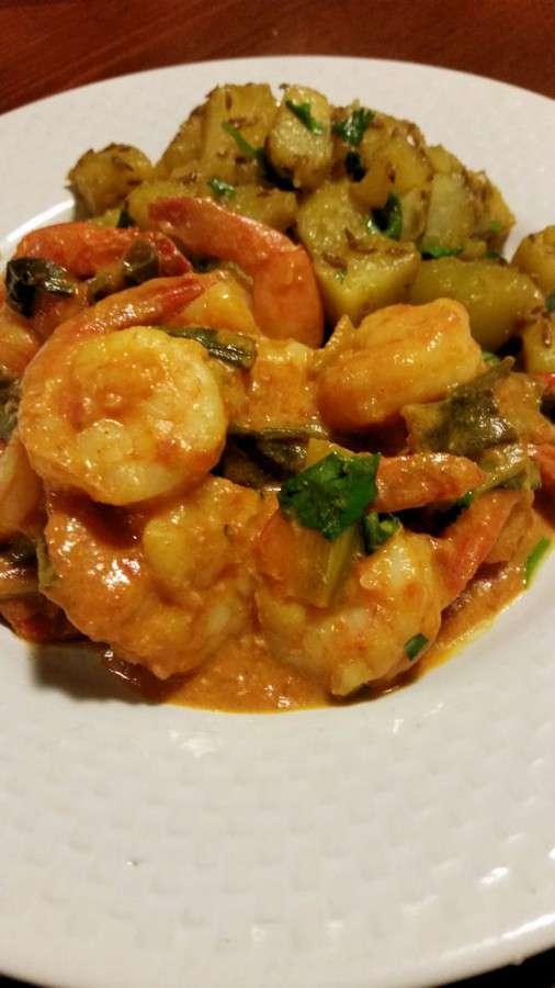 Shrimp and potato curries